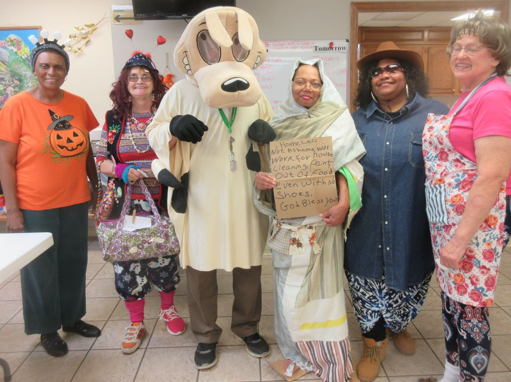 Choctaw Senior Center Harvest Party; Glinda Smith, Lois Benson, Larry Benson, Jackie Vaughan, Lorna