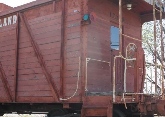 closeup of north end of caboose