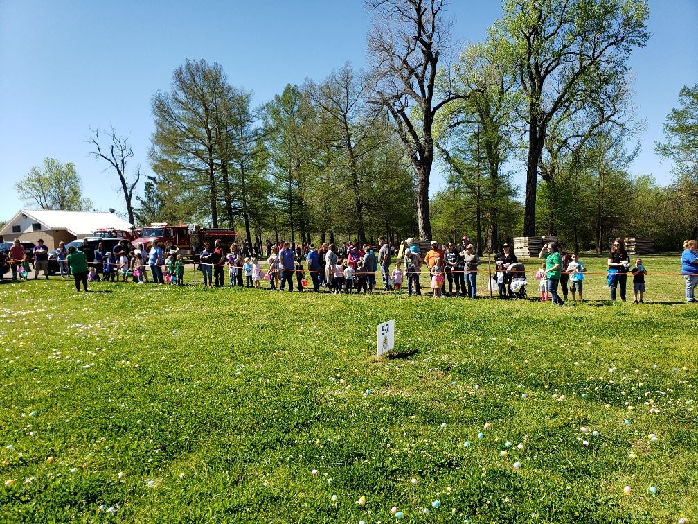 20190420_105919_egg hunters lined up 4